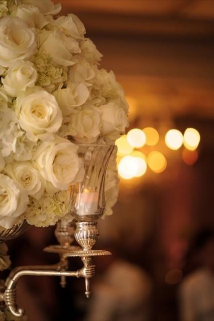47-Modern-Glam-White-Wedding-Jessica-Elizabeth-Photographers-RWT_1612-426x640