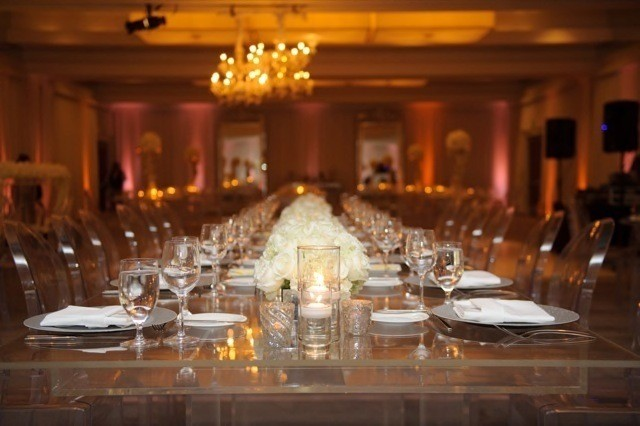 50-Modern-Glam-White-Wedding-Jessica-Elizabeth-Photographers-JET_0351-640x426