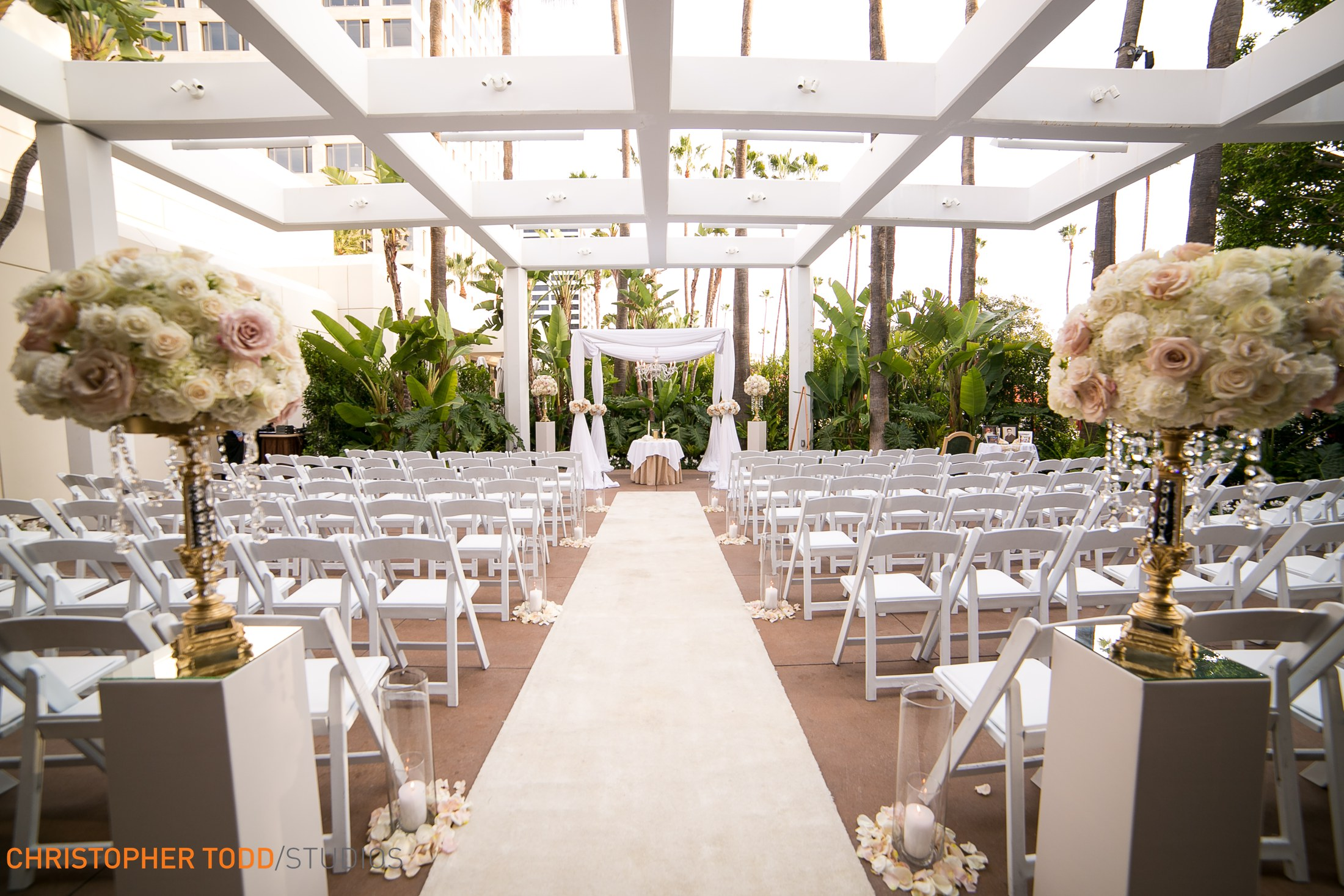caitlin and logan � the island hotel � the finishing touch