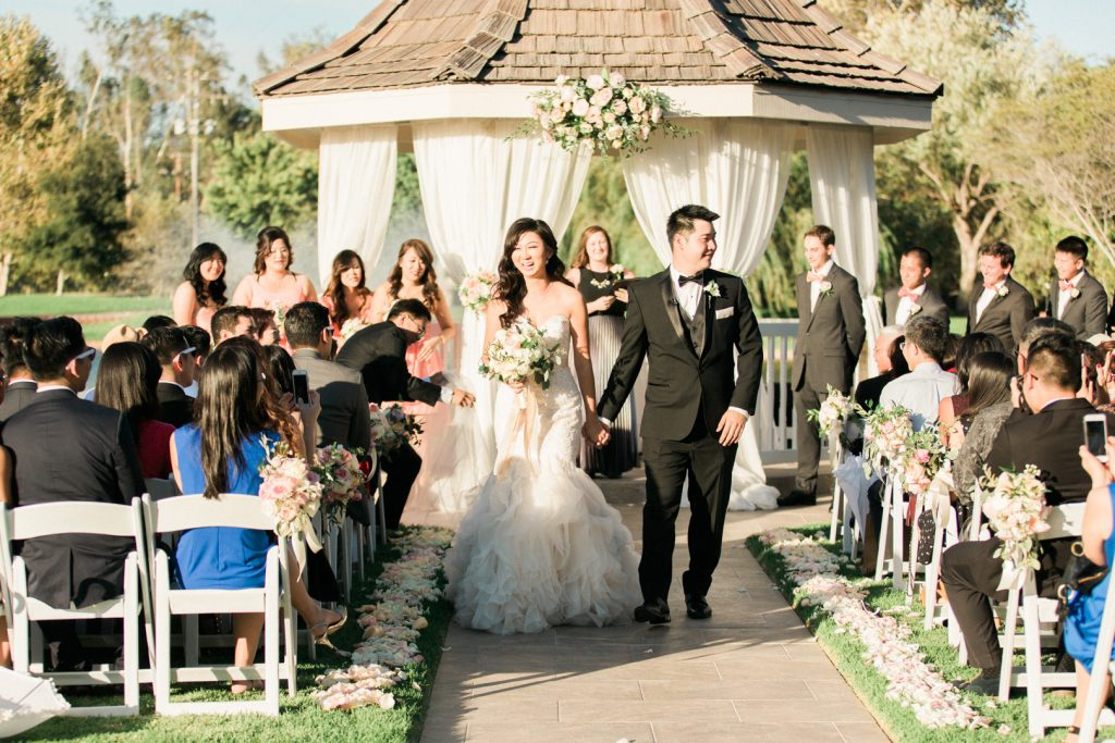 Grand Tradition Estate and Gardens Wedding-3