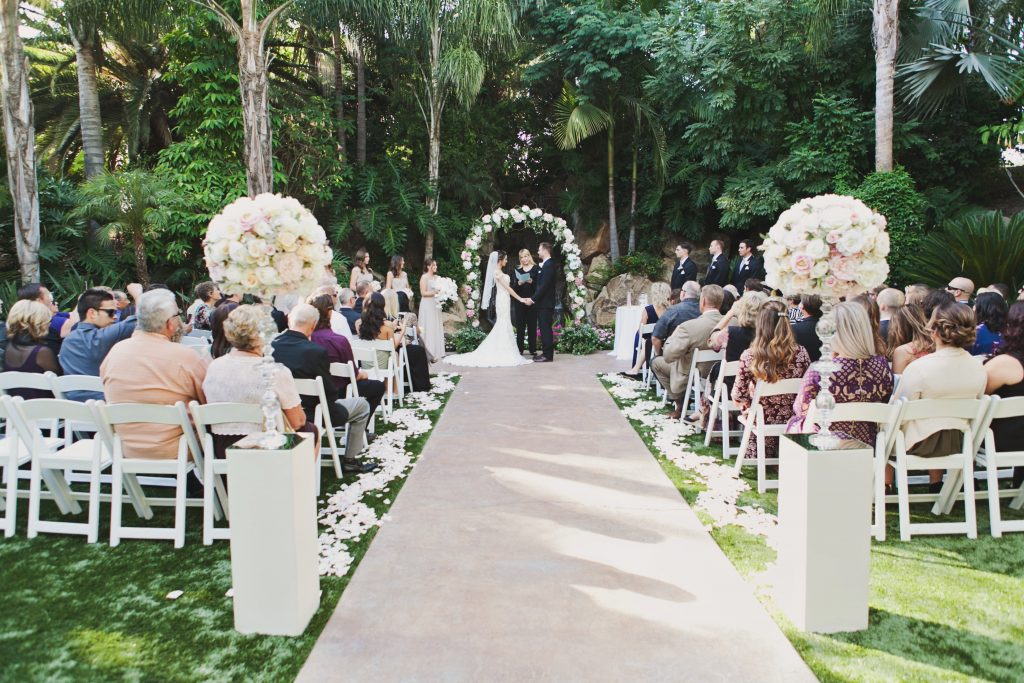 View More: http://aprilsmithphotography.pass.us/erin-probst-wedding-highlights